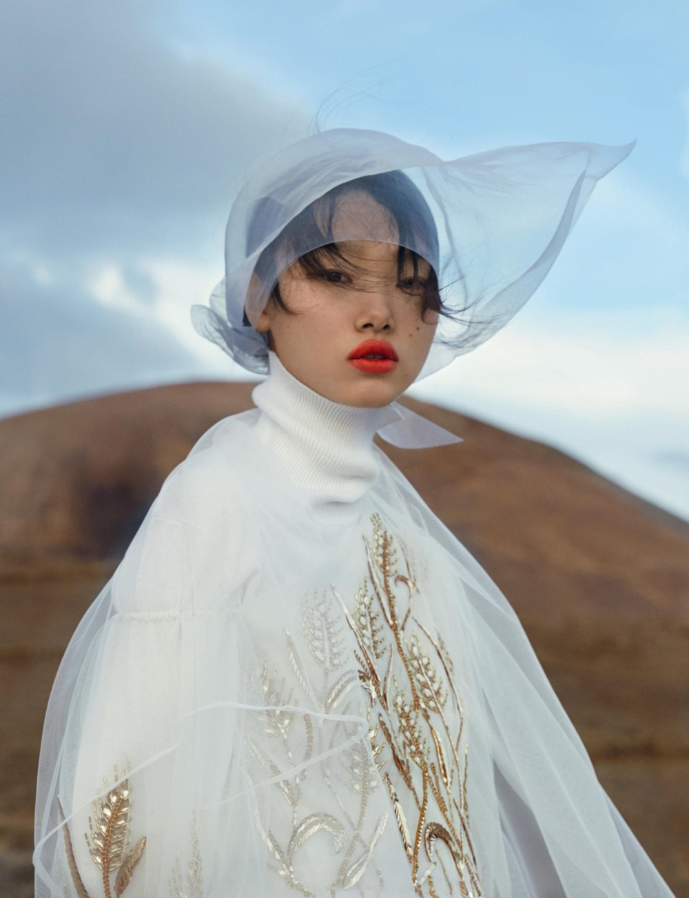 Numéro杂志#190名为《蝴蝶夫人》的时尚摄影大片由时尚摄影Txema Yeste摄影