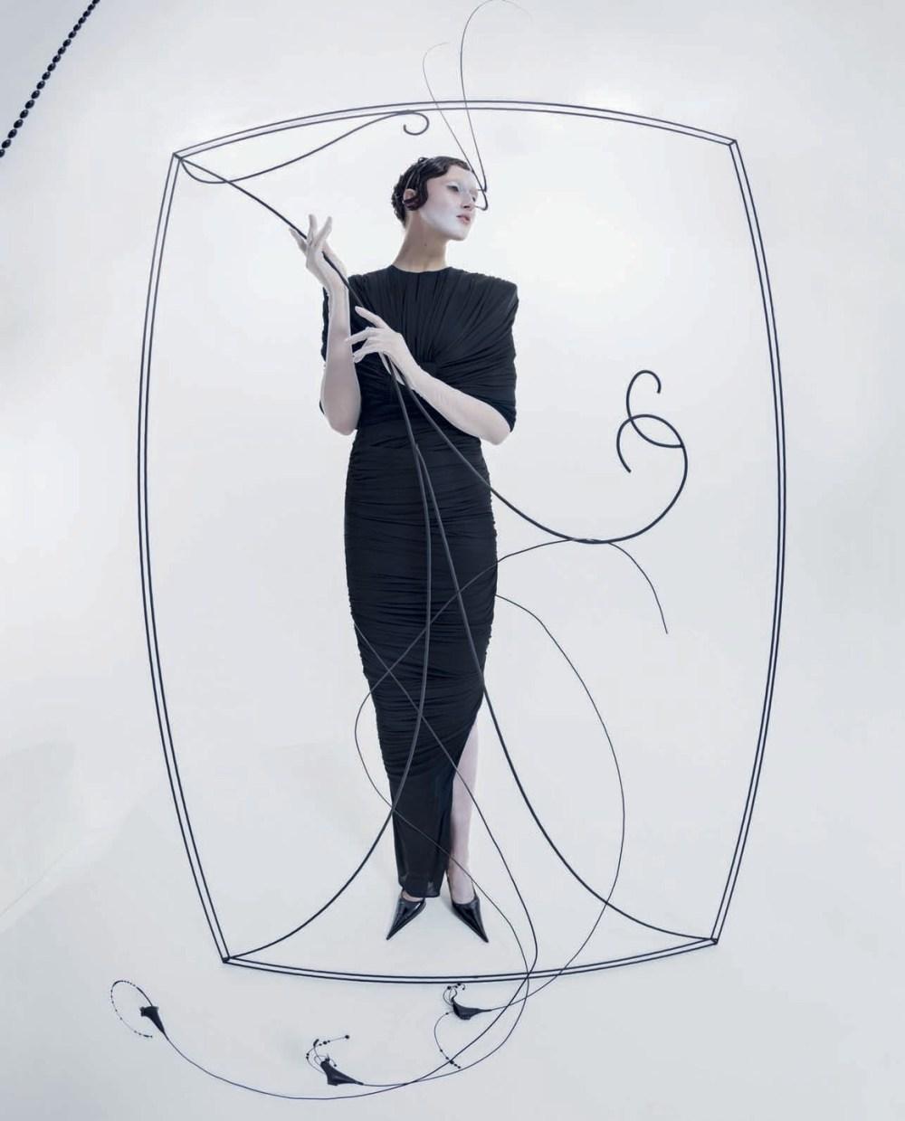 时尚摄影大师Tim Walker时尚摄影:Vogue杂志意大利版2018二月刊《精神中》