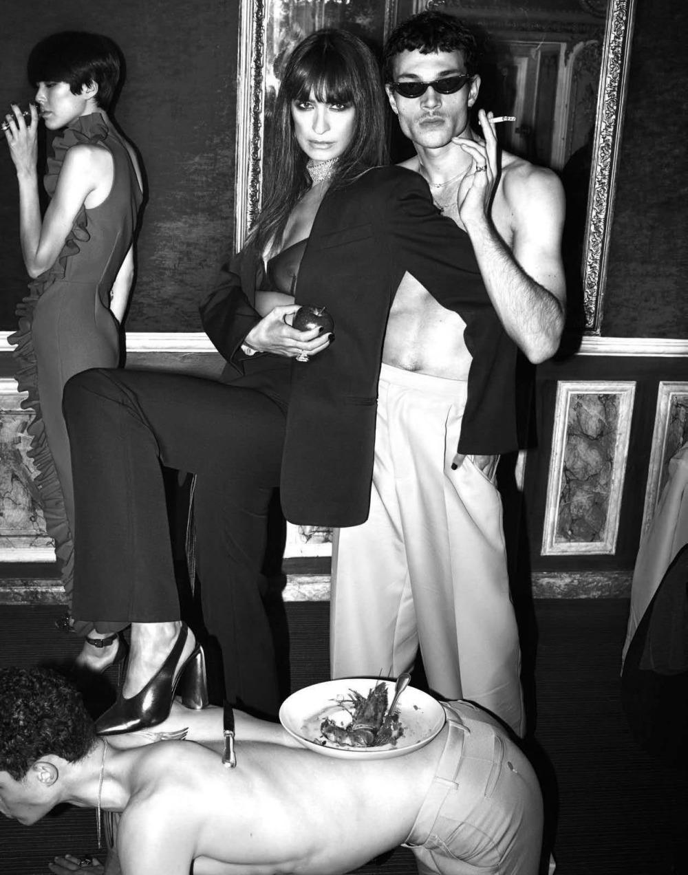 时尚摄影师组合 Mert & Marcus时尚摄影:Vogue杂志意大利版2017年11月刊《庆祝问题》