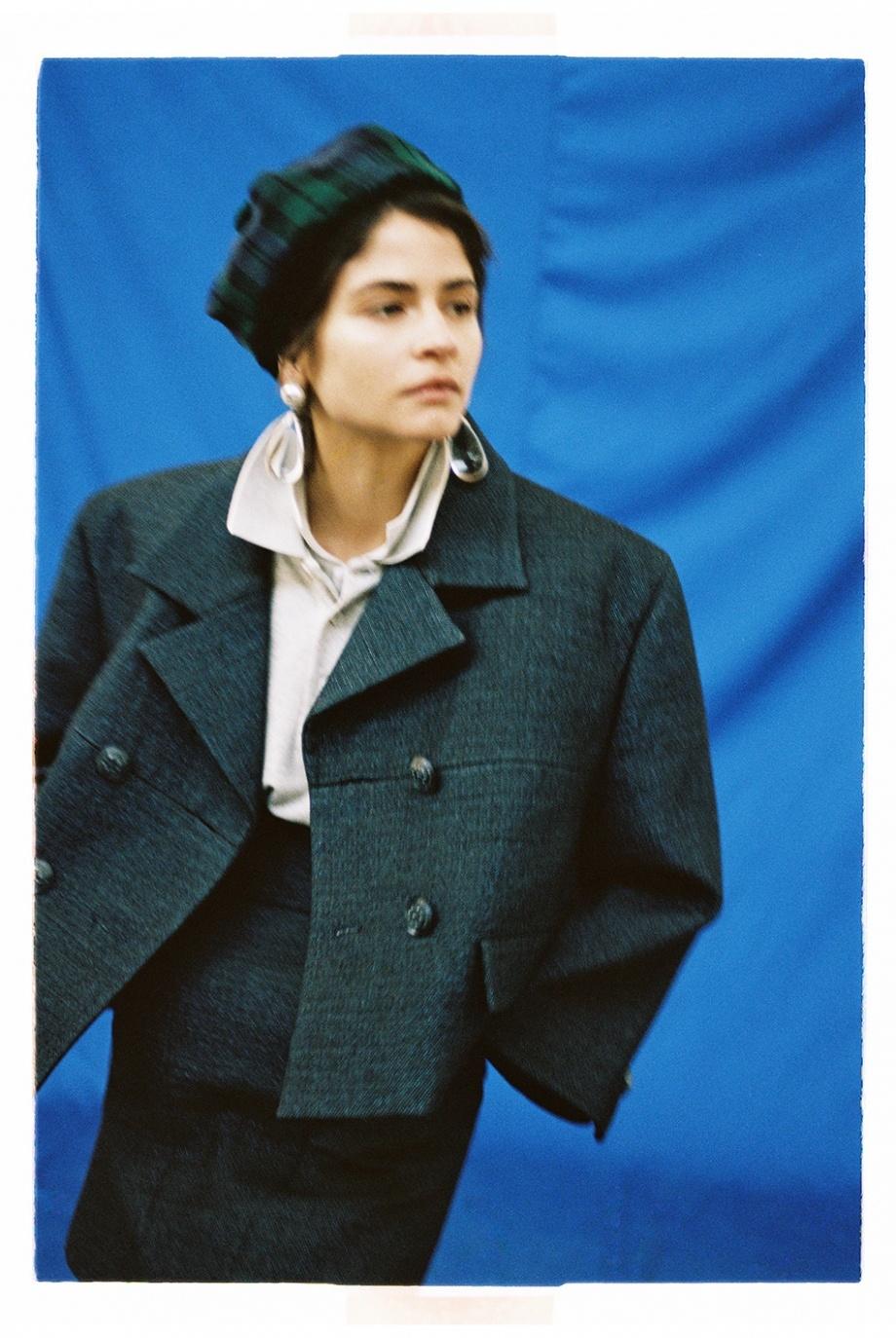 Vogue雜志葡萄牙版2018年四月刊時尚大片攝影師Branislav Simoncik攝影